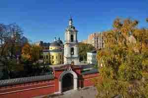 Осень. Покровский женский монастырь. 3 октяьря 2008 г.