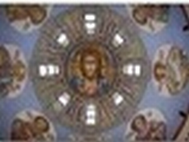 Специализируется в области Православного искусства
