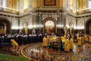 Архиерейский собор молебен 1