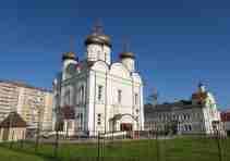 Святоозерская храм лето